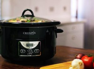 Crock Pot Invasion - Pros and Cons of a Crock Pot