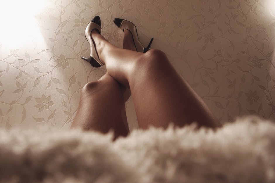 Health Benefits of Wearing High Heels (and How to Look Sexy Without Suffering)