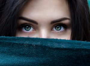 What You Should Know About Wearing Colored Contact Lenses