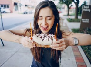 6 Best Ways How to Fight Food Temptations