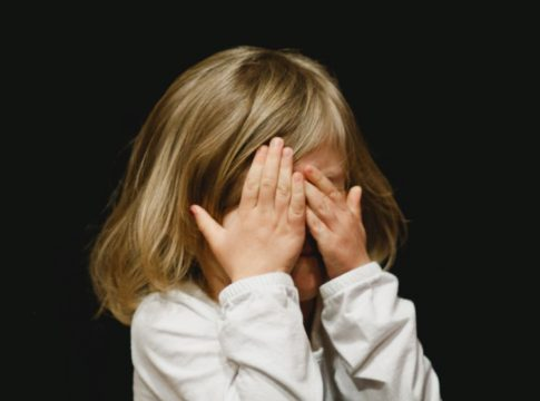 To Punish or Not to Punish How to Deal with a Lying Child