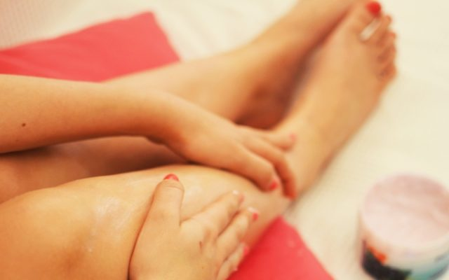 Epilators vs Razors vs Waxing Which Body Hair Removal Method Is the Most Reliable and Safest
