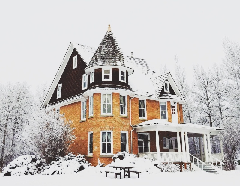 Winterize Your Home: 6 Tips to Create a Winter Wonderland